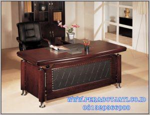 Meja Kantor Direktur Mewah Jati