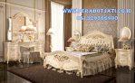 Set Tempat Tidur Mewah Ukir Warna Putih Kombinasi Gold