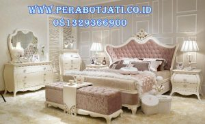 Set Kamar Tidur Putih Elegan Desain Modern