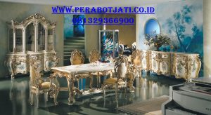 Furniture Meja Makan Ukiran Royal