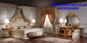 Interior Kamar Tidur Klasik Mewah Ukir Pengantin