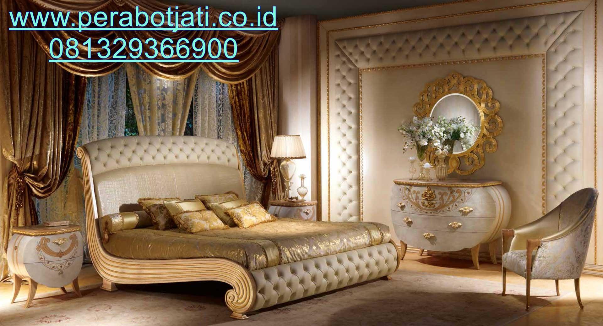 Desain Tempat Tidur Klasik Italy Model Lengkung