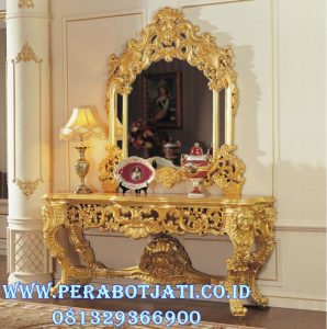Meja Konsul Ukiran Klasik Luxury