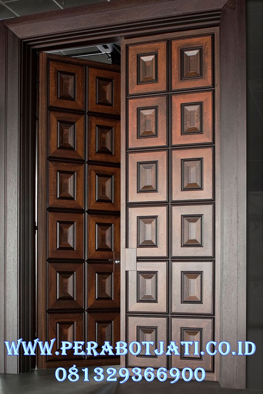 Pintu Kupu Tarung Minimalis Panil Kotak