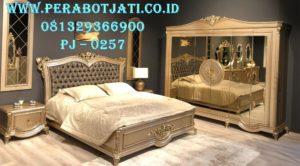 Model Tempat Tidur Klasik Elegan Torino